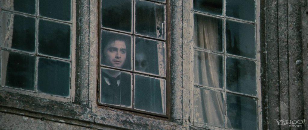 Daniel-Radcliffe-The-Woman-in-Black-Teaser-Trailer-2-daniel-radcliffe-24633825-1920-816