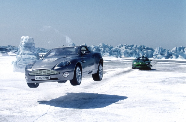 die another day crazy car chase