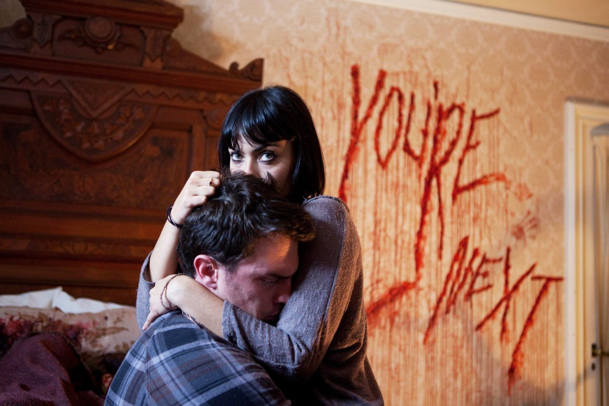 You're Next (2011) | Film à voir, Cinématographie |Youre Next Zee Movie