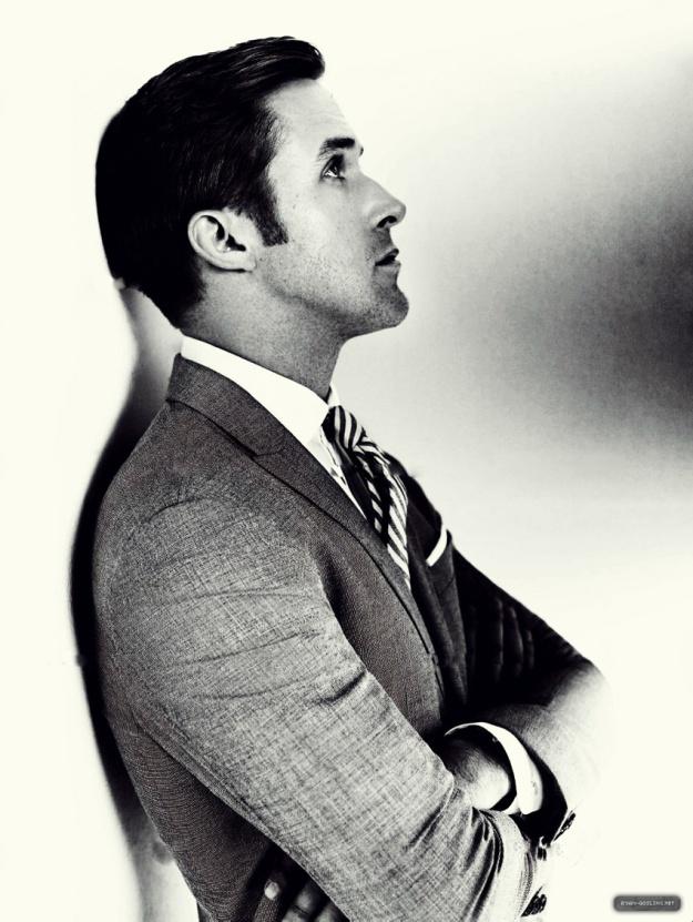ryan gosling suit