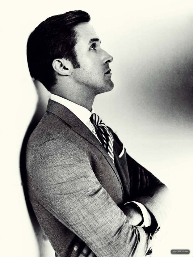 ryan gosling suit
