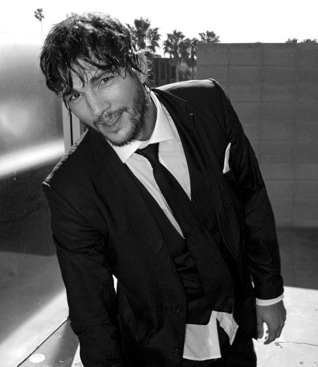 ashton kutcher suit