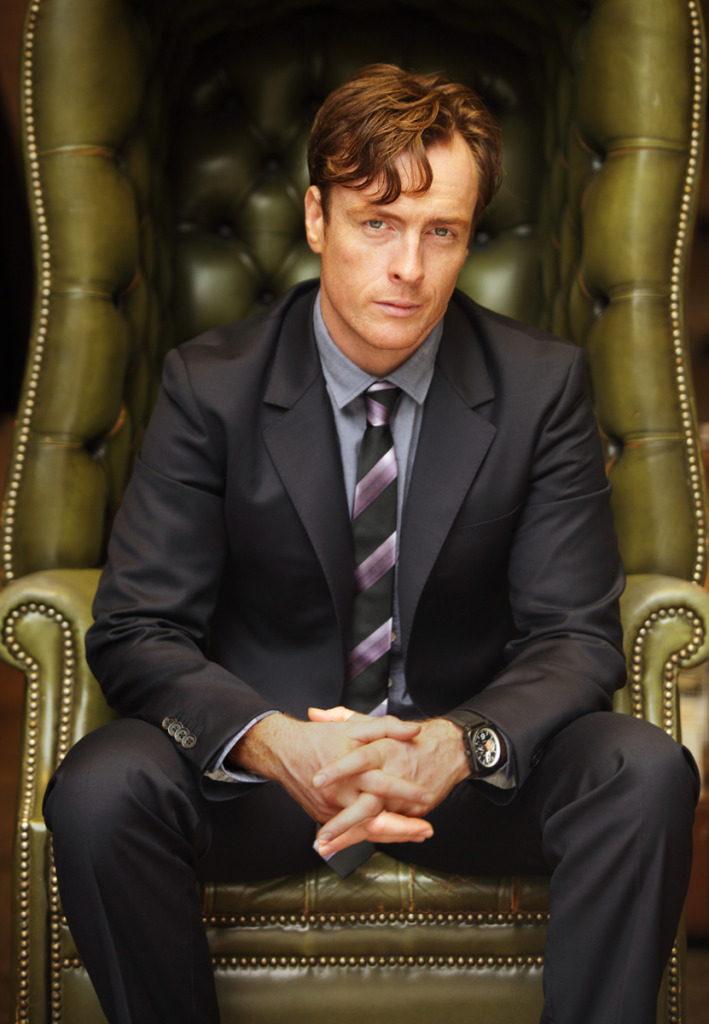 toby stephens suit