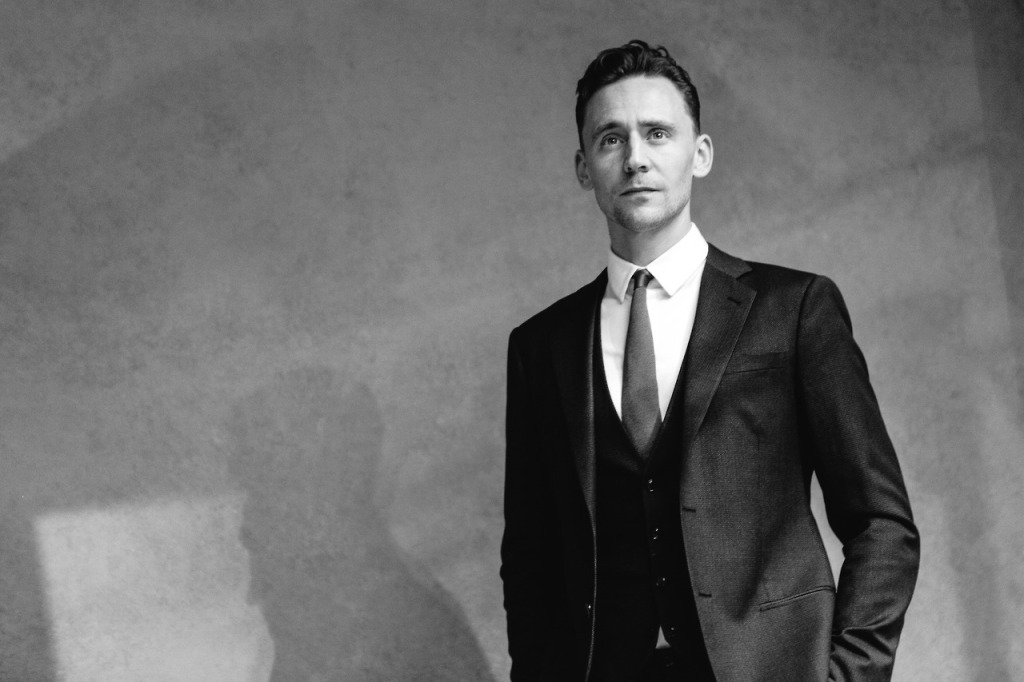 tom hiddleston suit