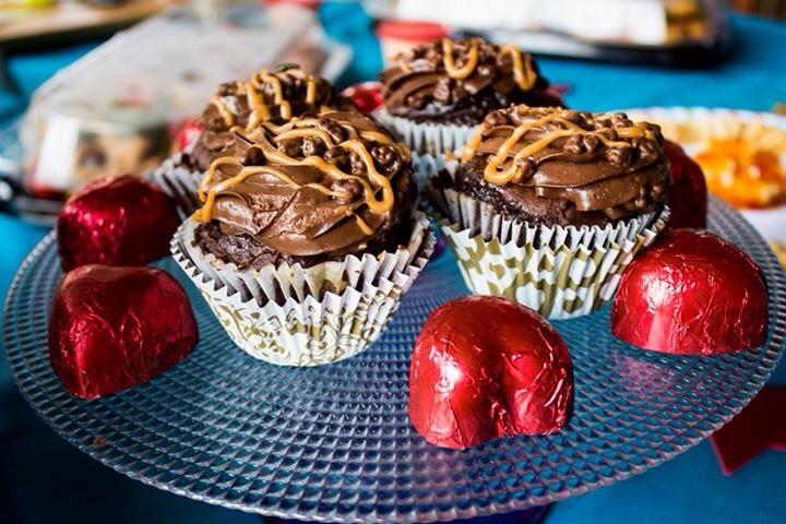bachelorettes cupcakes