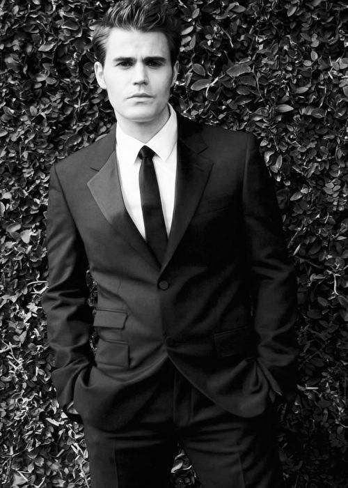 paul wesley suit