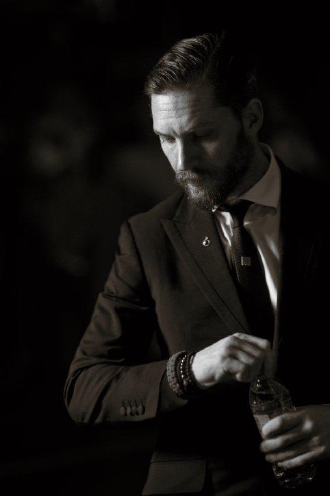 tom hardy suit